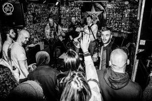Kinky_Band_audience